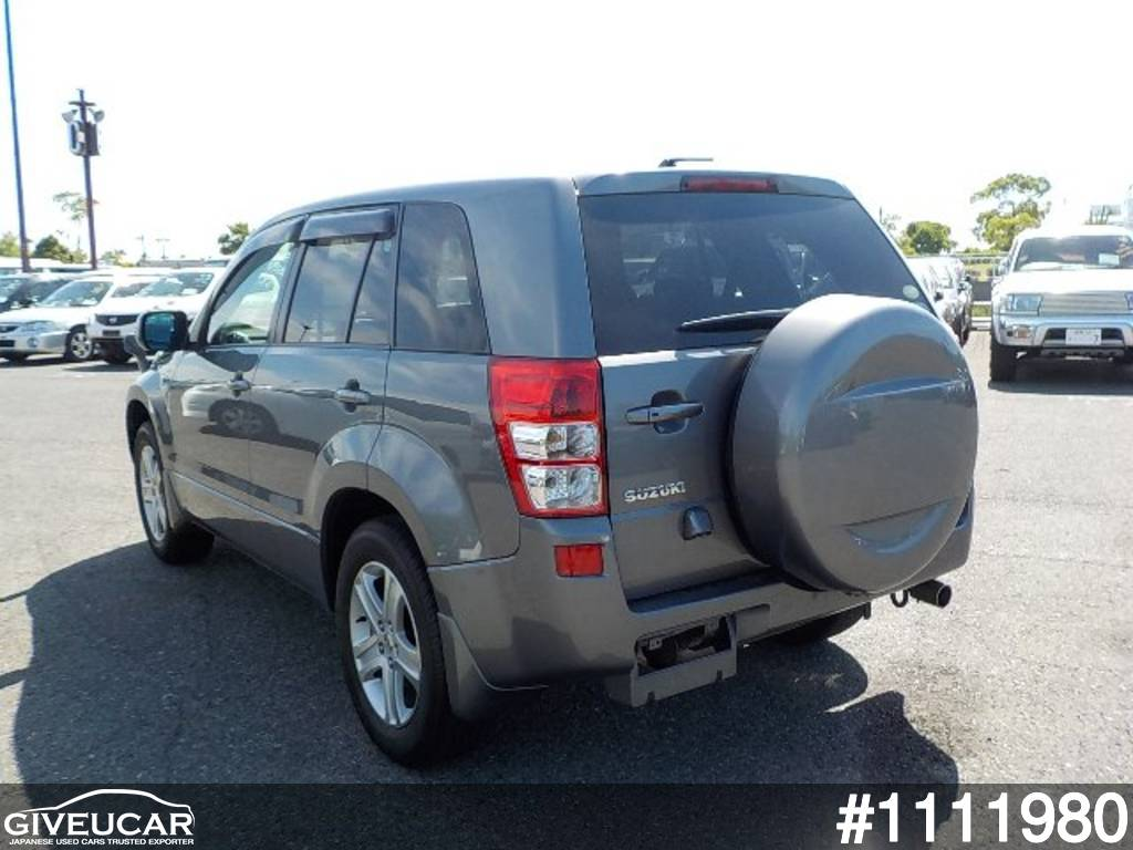 Used suzuki escudo from japanese auction 1111980 39aa39d3 giveucar